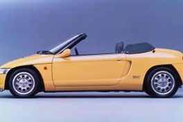 Honda-Beat-Roadster-1002
