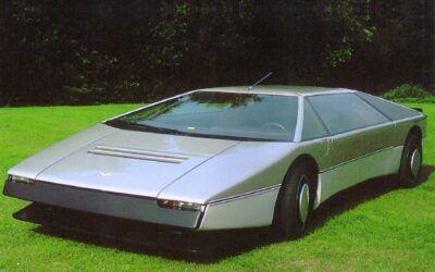 1980-aston-martin-bulldog-concept-car-5.34l-600hp-silver-frt-qtr