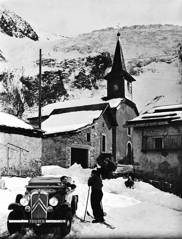 ROSALIE_8CV_ROADSTER_CABRIOLET_1933_�_CITROEN_COMMUNICATION