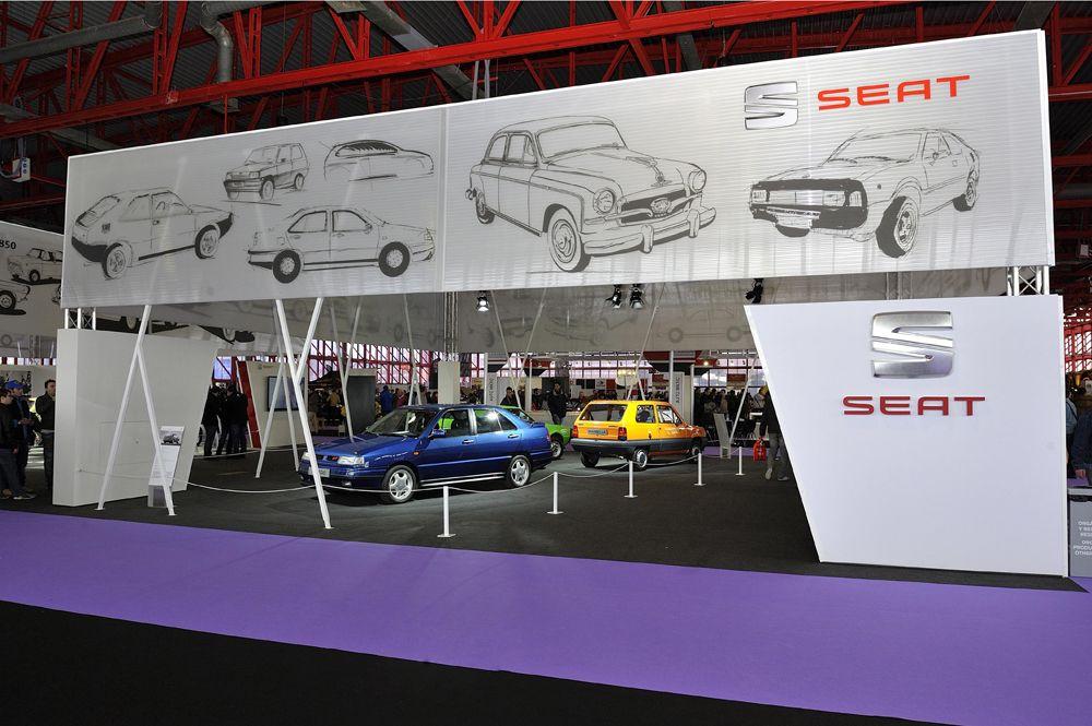 2.Stand-de-SEAT-en-ClassicAuto-Madrid-2016