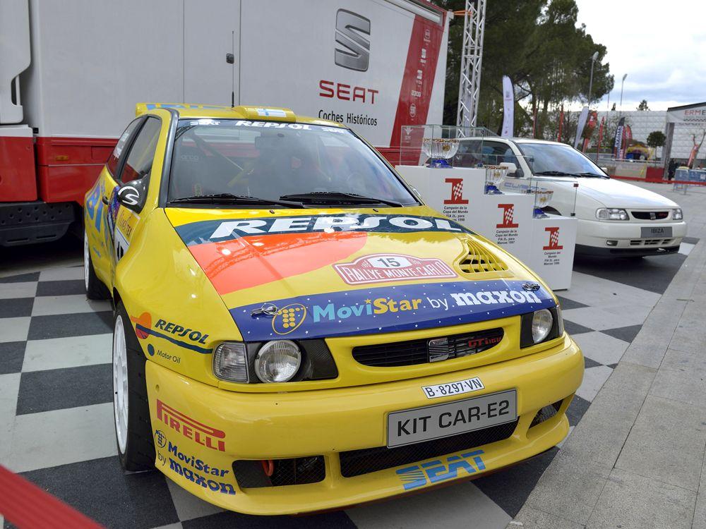 5.-El-Ibiza-Kit-Car-junto-al-primer-Ibiza-Cupra-de-1996