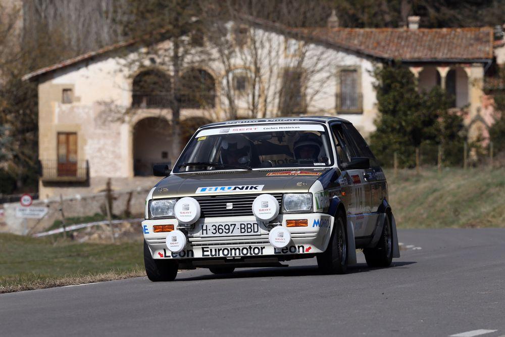 905968_2.El-SEAT-Ibiza-1.5-grupo-B-Ma-Bardolet-Eloi-Alsina-en-uno-de-los-tramos-del-64-Rally-Costa-Brava