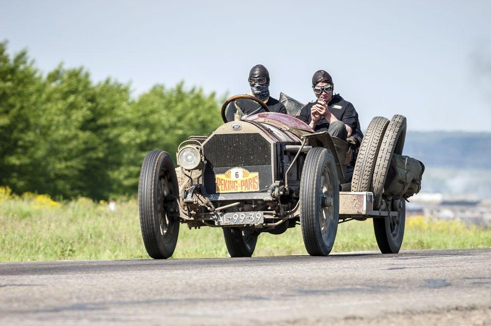 Car 6. 1911 Knox Type R
