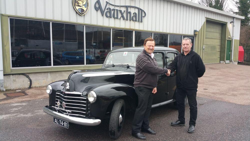 1185204_Vauxhall-Wyvern-298308