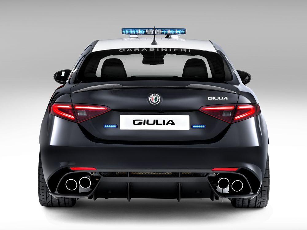 1188313_Alfa-Romeo_Giulia-Carabinieri_06