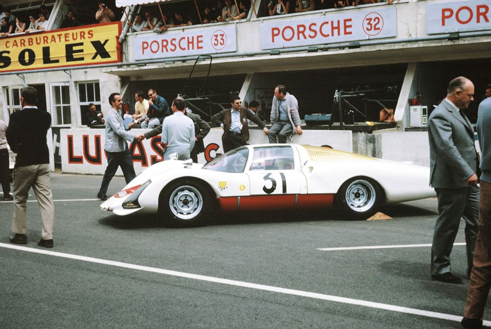 855097_Porsche_906_Le_Mans_1966