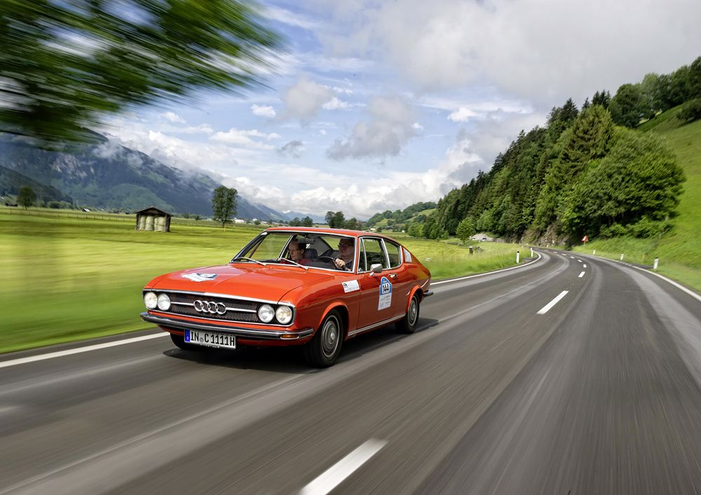 The first Audi CoupAi?? of the post-war era: The Audi 100 CoupAi?? S had its market launch in 1970.