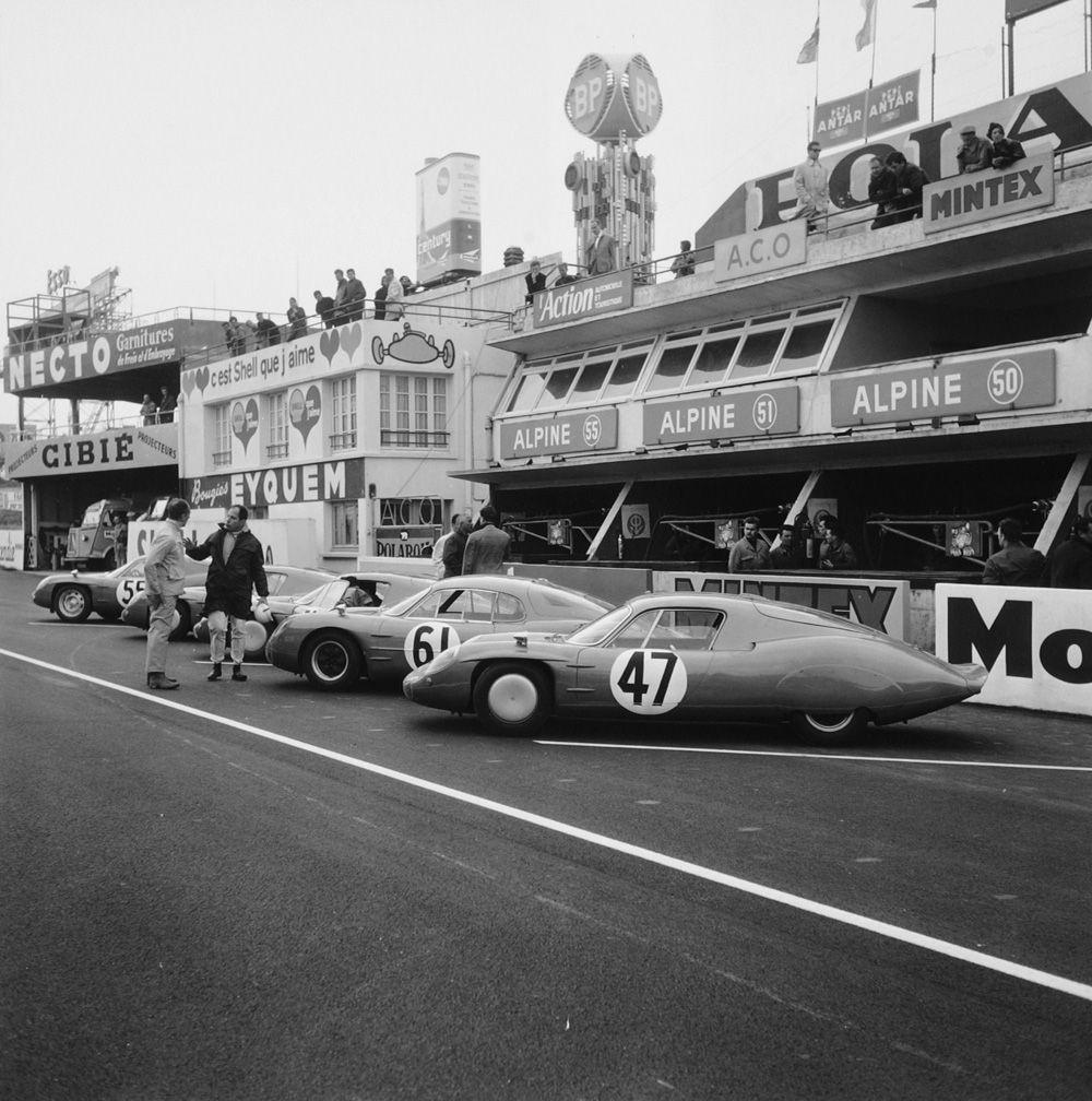 Alpines at Le Mans 1965