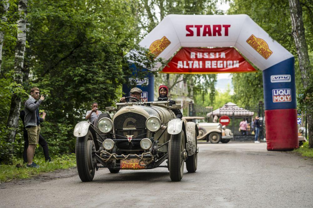 Bentley on Russian Startline