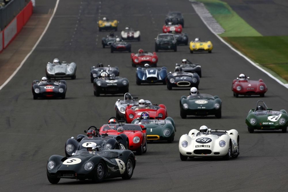 Silverstone Classic 2016, 29th-31st July, 2016, Silverstone Circuit, Northants, England. Start Copyright Free for editorial use only Mandatory credit Ai?? Jakob Ebrey Photography