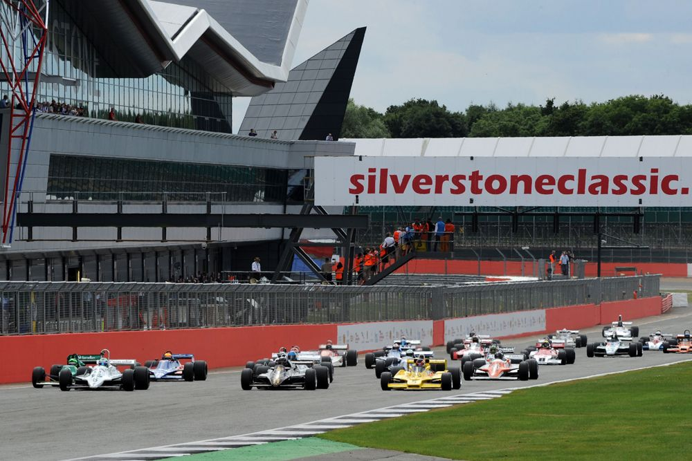 Silverstone Classic 2016, 29th-31st July, 2016, Silverstone Circuit, Northants, England. The start of the race Copyright Free for editorial use only Mandatory credit Ai?? Jakob Ebrey Photography