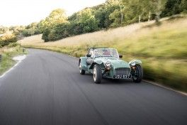 1256870_caterham-seven-sprint-2