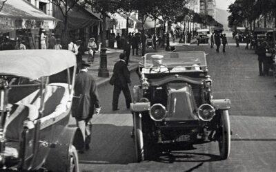 El Renault de Avenida Central