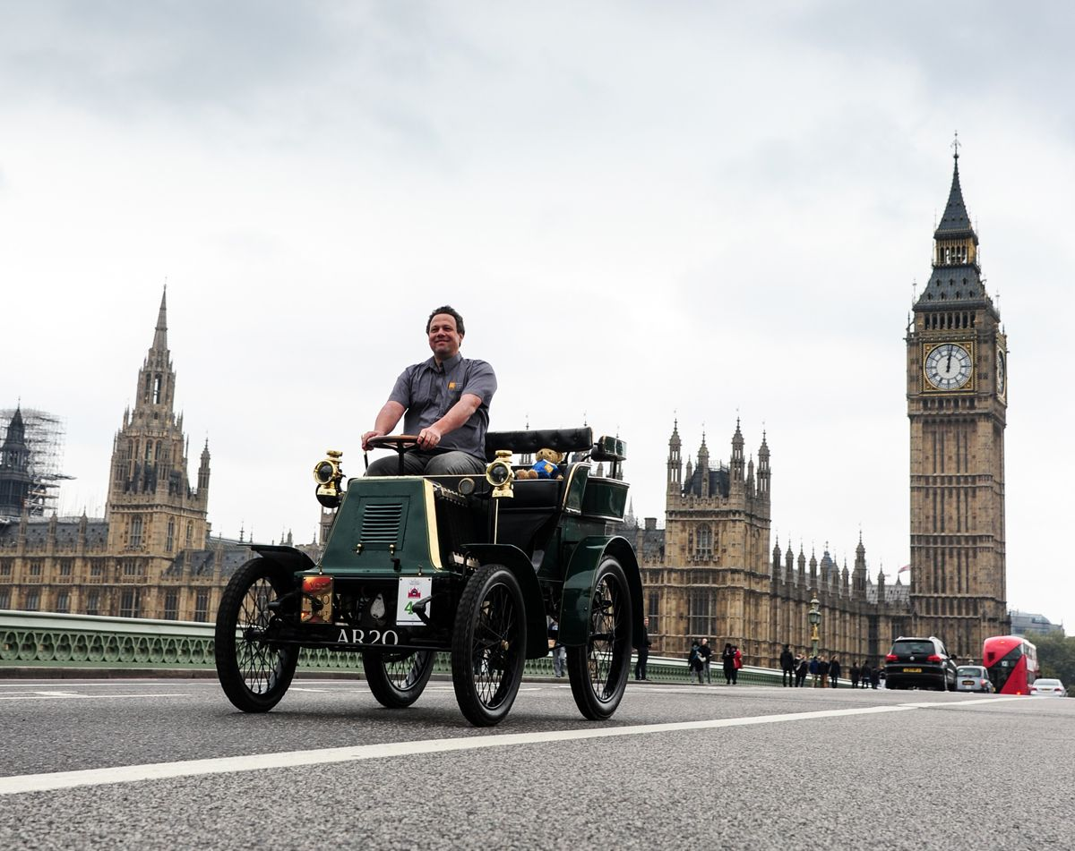 1276475_renault-returns-to-the-bonhams-london-to-brighton-veteran-car-run-for-2016-101016-lead