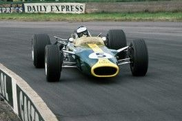 Silverstone, England. 13th-15th July 1967.  Jim Clark (Lotus 49-Ford) 1st position.  Ref: 67GB07. World Copyright: LAT Photographic