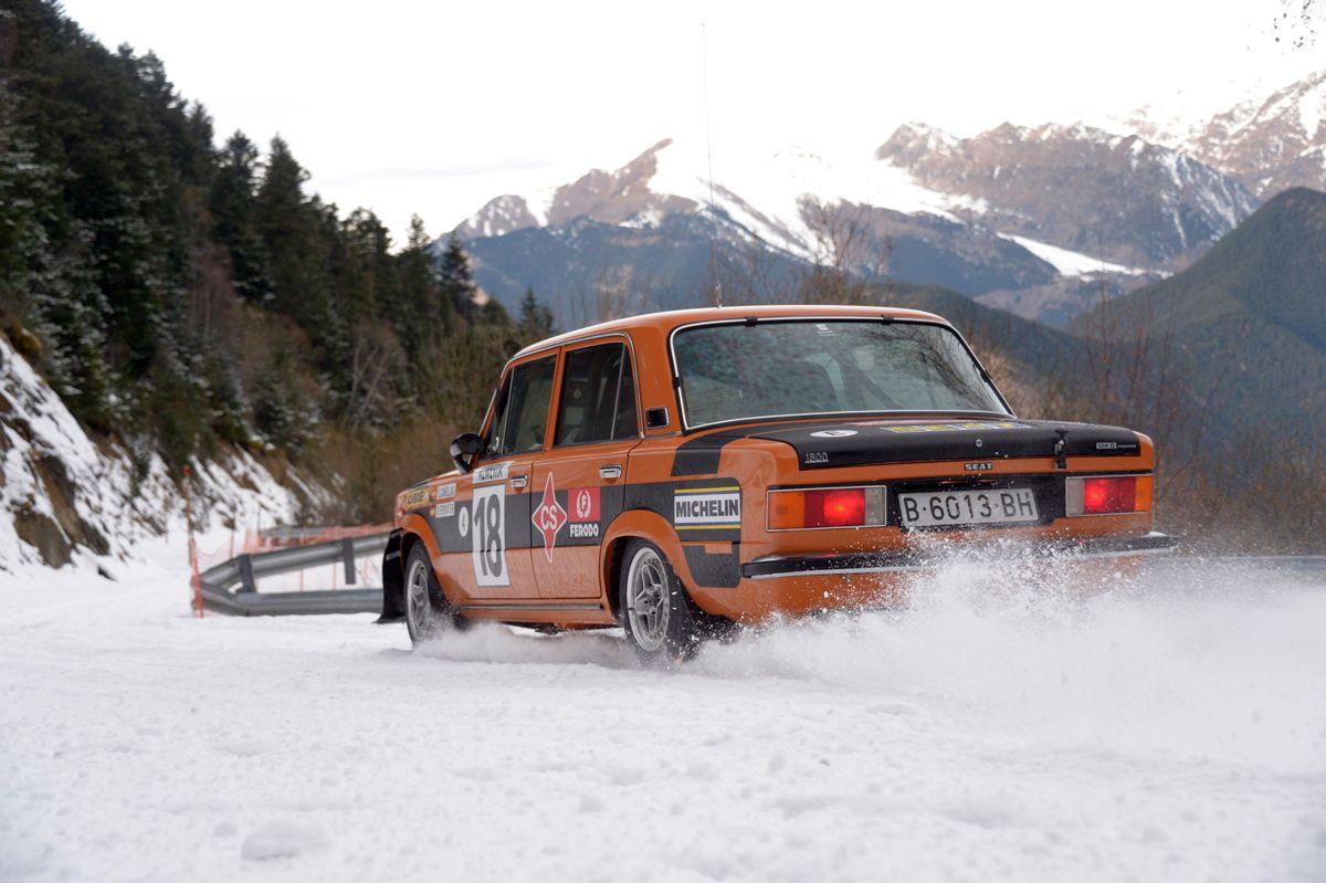 14.El-SEAT-124-Especial-1800-grupo-4-en-accin