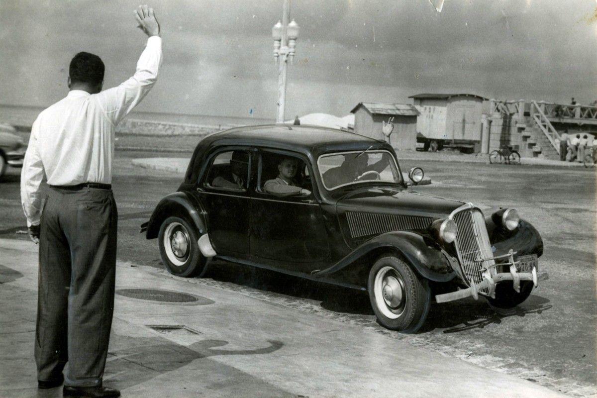 CA  Rio de Janeiro (RJ) 25/08/1952 Polícia / Homicídios - Afrânio Arsênio de Lemos, bancário assassinado na Ladeira do Sacopã. Foto Arquivo