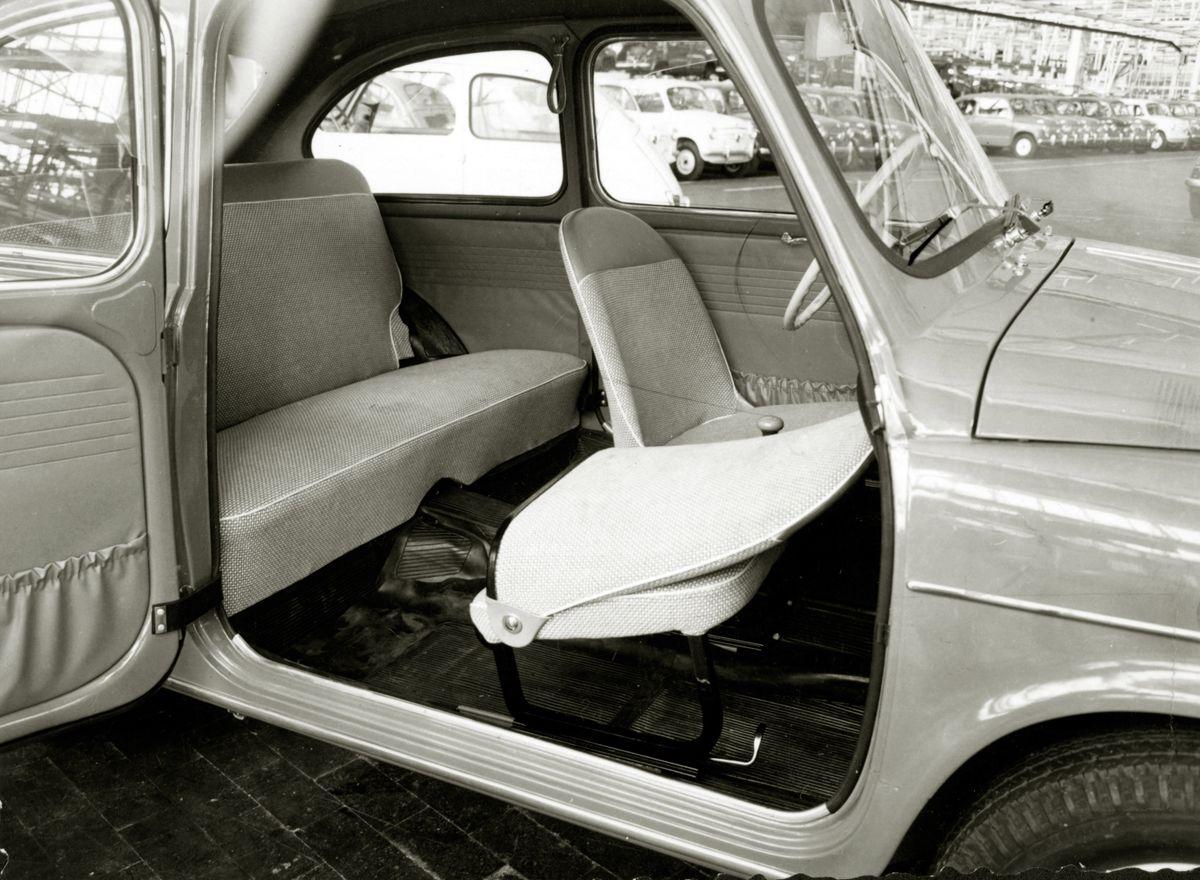 671683_03. Interior 600 D 1963