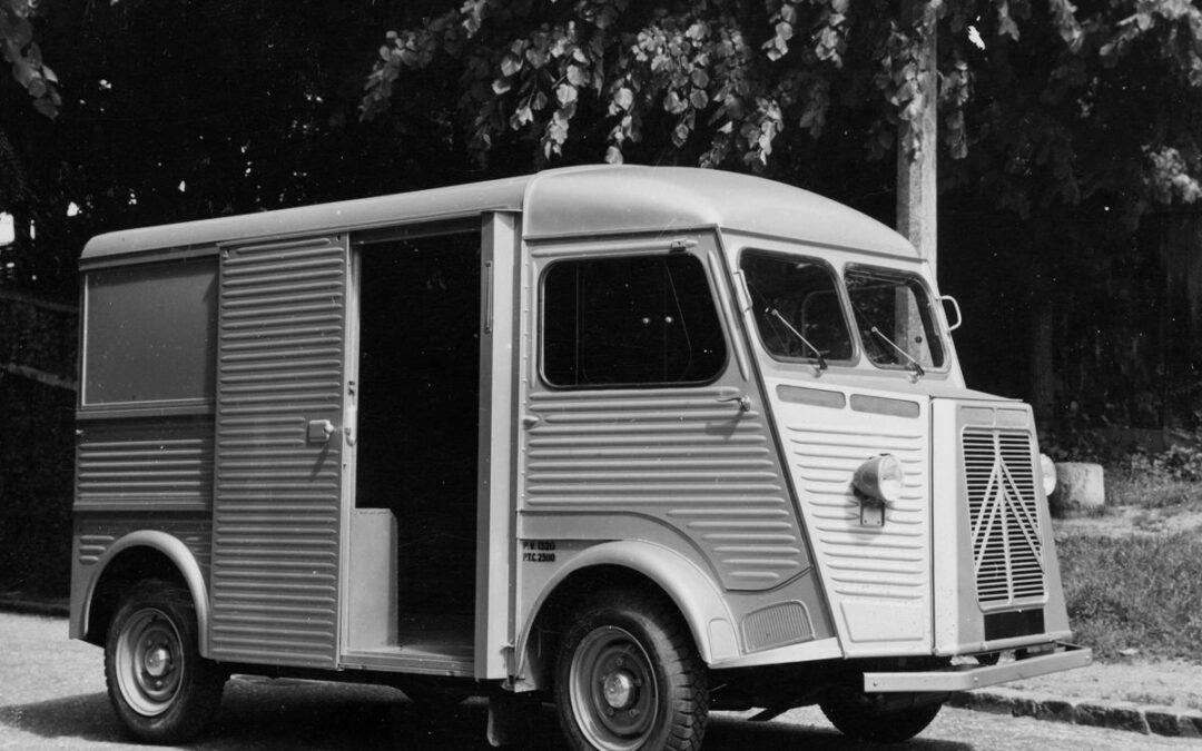 Retromobile 2017: los comerciales de Citroën