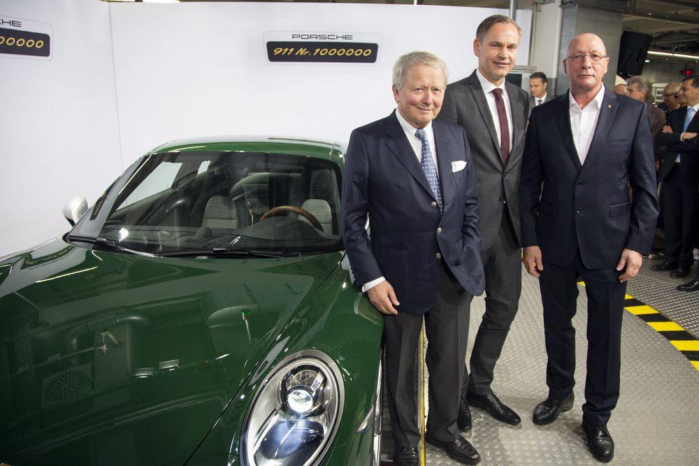 1076725_Dr. Wolfgang Porsche, Oliver Blume, Uwe HÅck