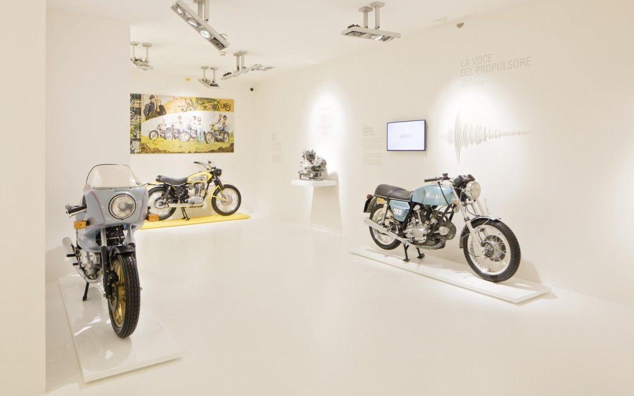 1383912_Ducati_Museum_-_Room_2