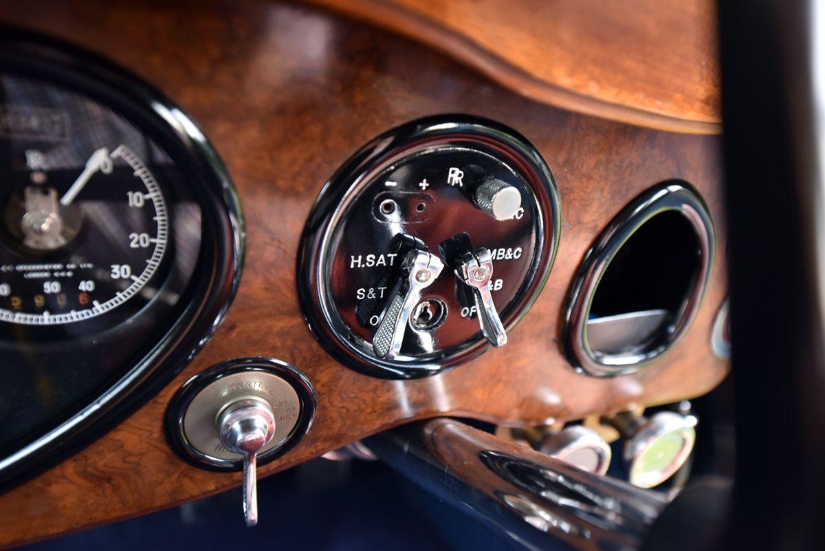 1933 Rolls Royce Phantom II Continental 711YUG - 61 (1)