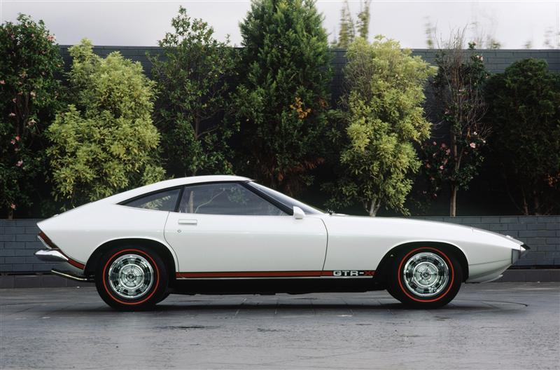 72-Holden-GTR-X_Concept-Image-01-800