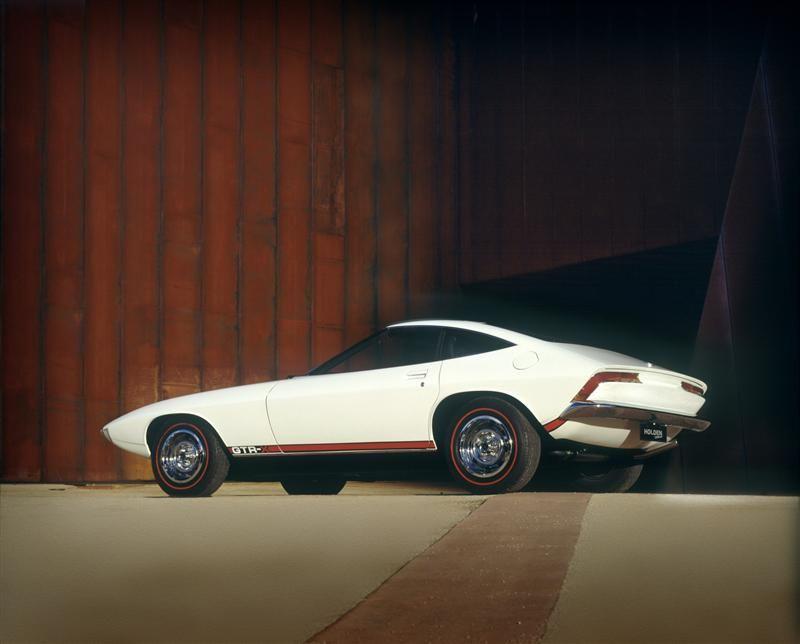 72-Holden-GTR-X_Concept-Image-019-800