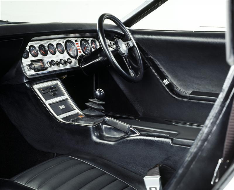 72-Holden-GTR-X_Concept-Image-i01-800