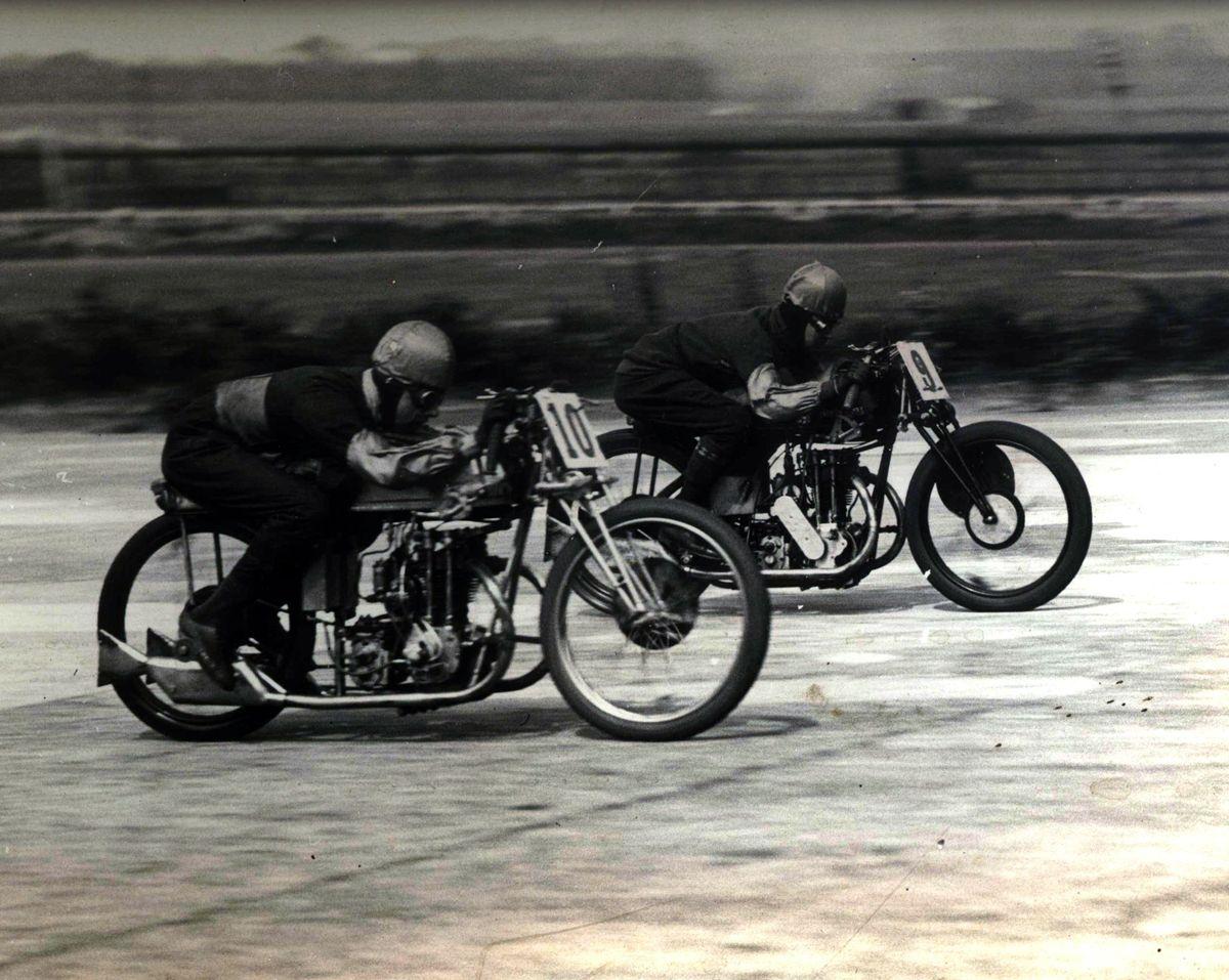 116667_Solo_Race_1929