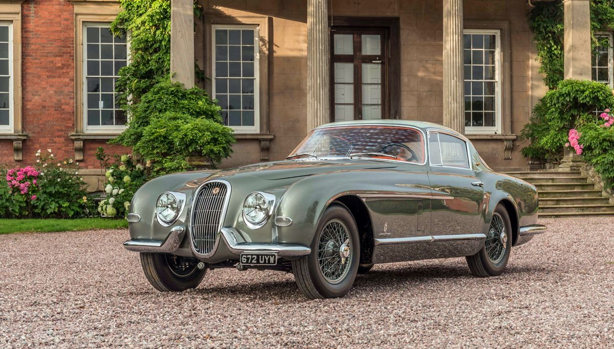1426723_1954 Jaguar XK120 SE by Pininfarina_Classic Motor Cars (Ph Justin Leighton)