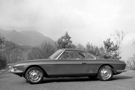 1963_Pininfarina_Fiat_2300_S_Lausanne_Coupe_08