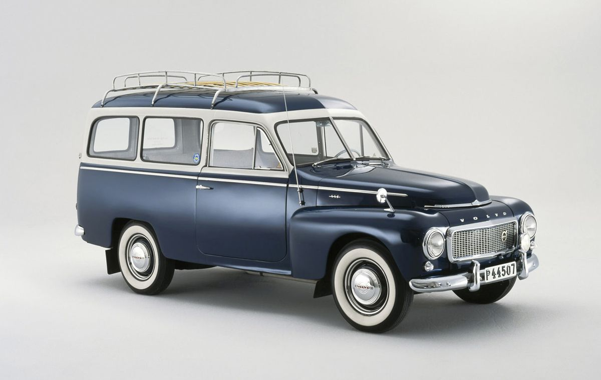 Volvo-PV445-Duett-sueca_2
