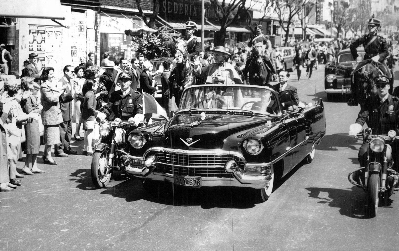 El Cadillac presidencial y el Cardenal Cento