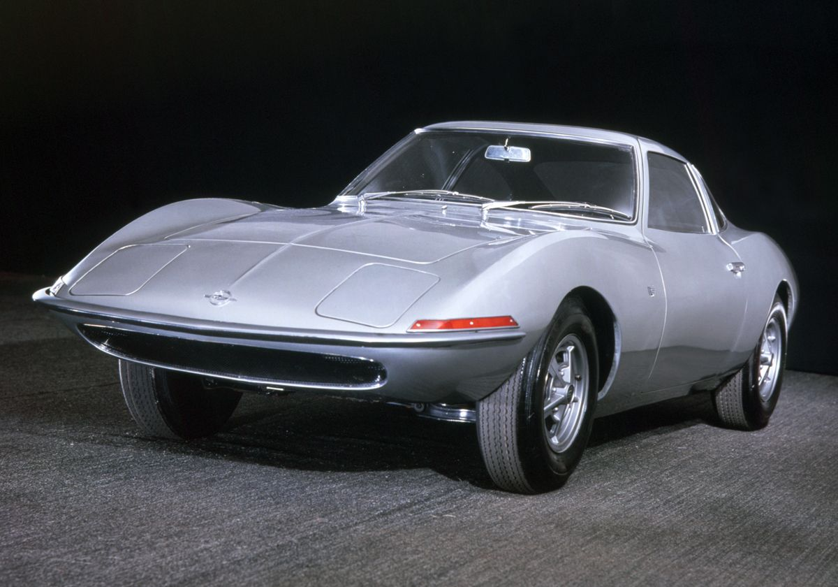 Big bang: The Opel Experimental GT was the first concept car of a German manufacturer when it celebrated its premiere at 1965 Frankfurt Motor Show.