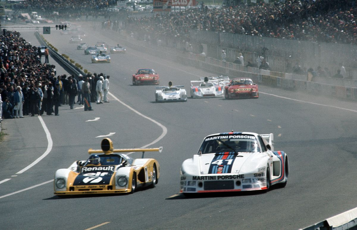 855123_Porsche Typ 935_ Turbo in Le Mans 1977