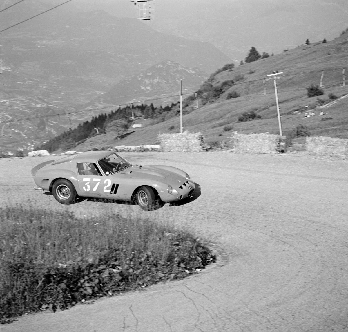 1575829_MO18_1962_Ferrari_250GTO_200