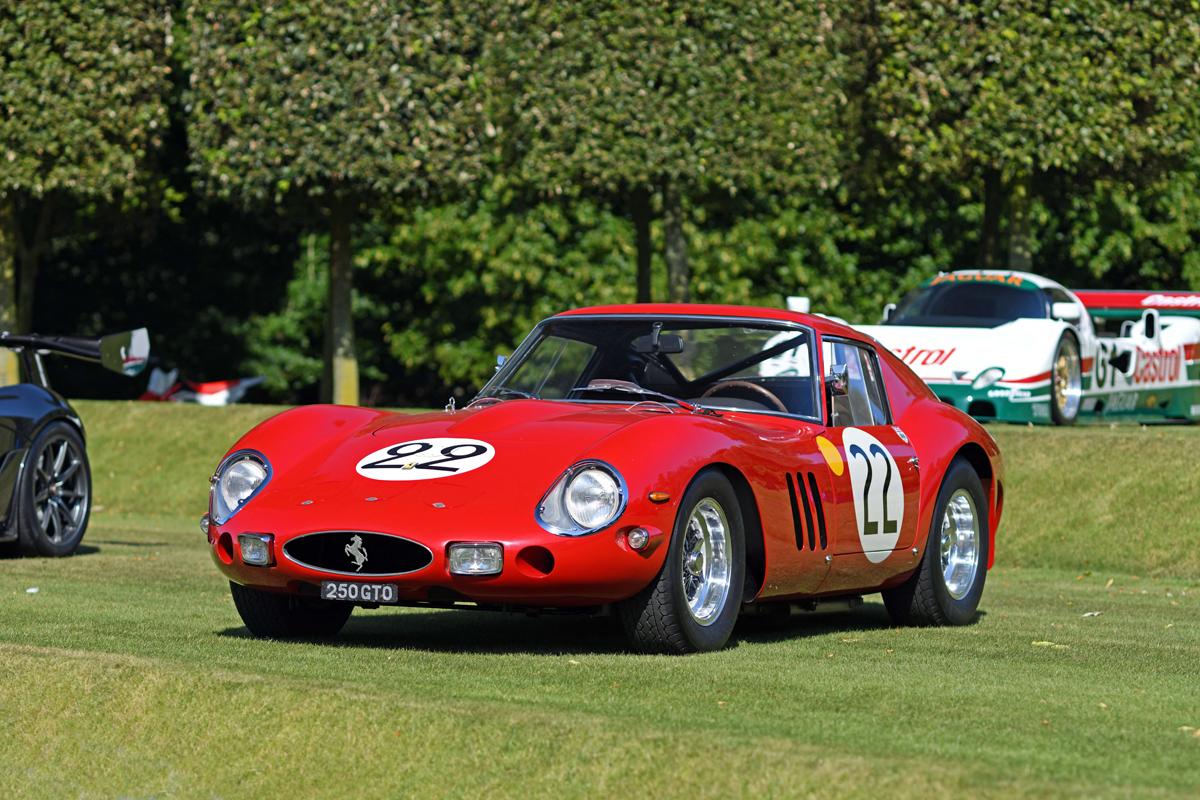 1581740_1962 Ferrari 250 GTO on terraces