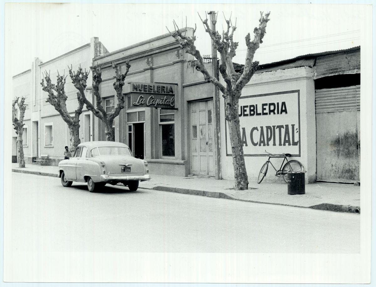 Uruguay_Durazno_Muebleria La Capital_1964