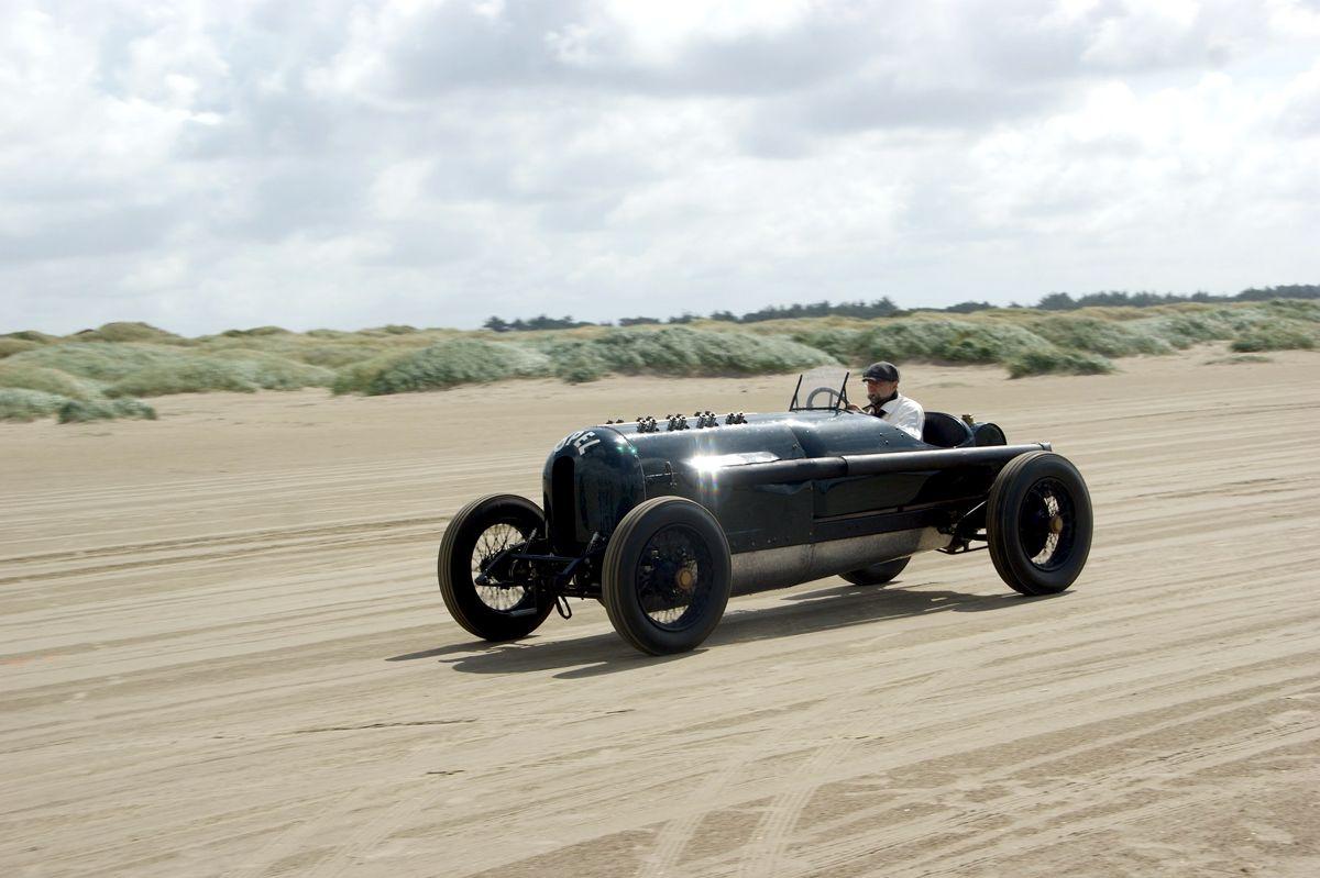 1269349_Opel-Green-Monster-287135
