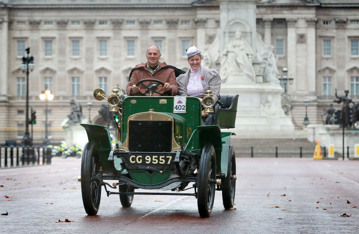 IN PHOTO - Sir Steve Redgrave EDITORIAL USE ONLY Veteran Car Run participants drive their cars down the Mall, central London, during the London to Brighton Veteran Car Run. PRESS ASSOCIATION Photo. Picture date: Sunday November 2, 2014. The annual event attracts entrants from all over the globe and for the owners of these highly valuable veteran cars it represents a rare opportunity to take their extraordinary automobiles on the 60-mile run from Hyde Park in central London to the seafront in Brighton. Photo credit should read: Matt Alexander/PA Wire