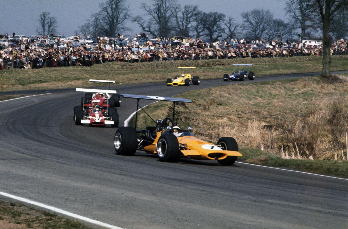 Oulton Park, England. 4th April 1969. Rd 1. Peter Gethin (McLaren M10A-Chevrolet), 1st position, action. World Copyright: LAT Photographic. Ref: Colour Transparency.