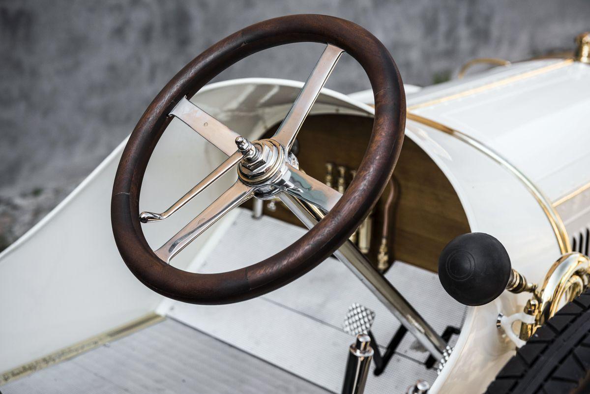 el-museo-koda-presenta-el-unico-modelo-superviviente-del-coche-deportivo-laurin-klement-bsc-de-1908 (17)