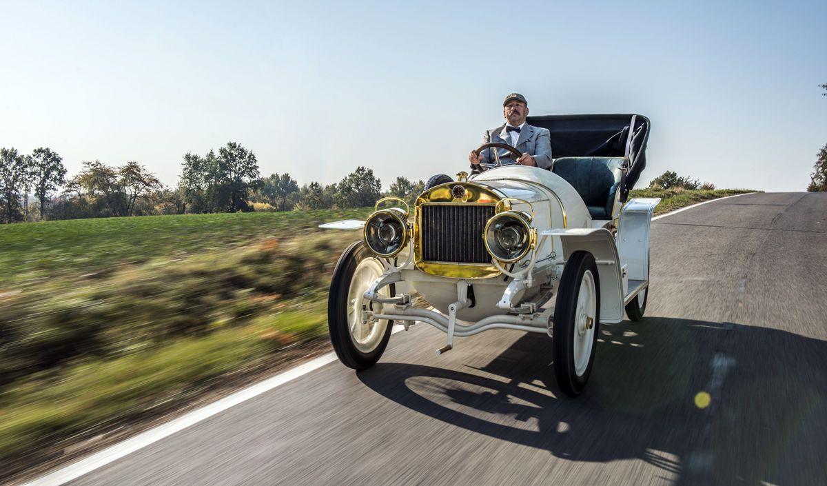 slider-el-museo-koda-presenta-el-unico-modelo-superviviente-del-coche-deportivo-laurin-klement-bsc-de-1908 (24)