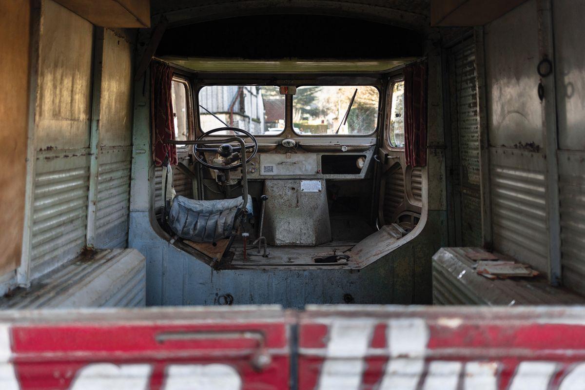 1950-Citroen-HY-Panelvan_2-2
