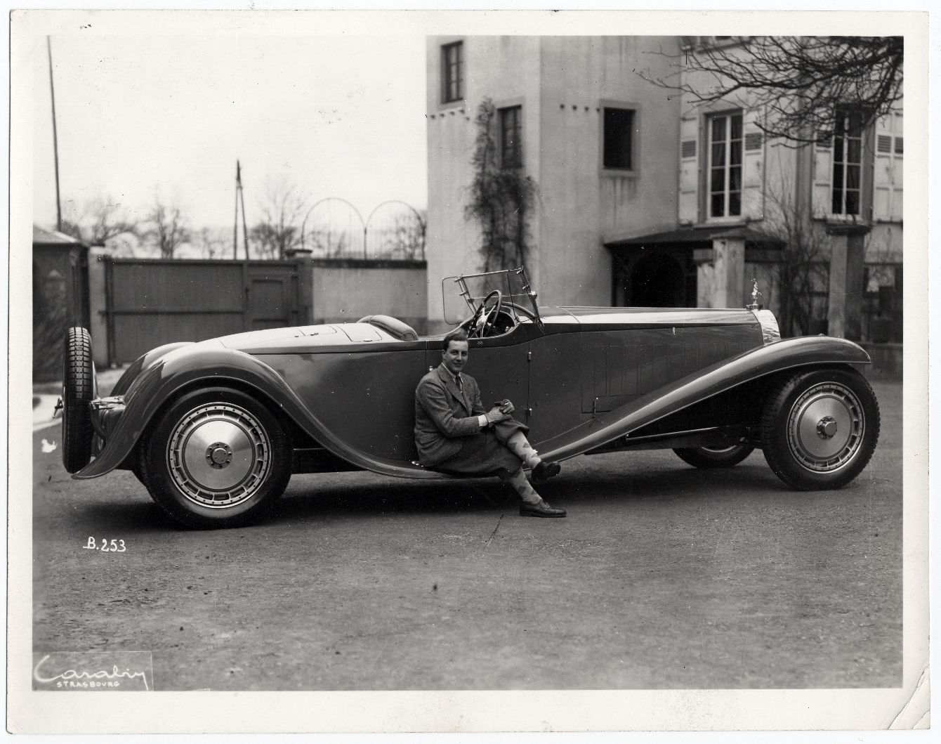 667085_Bugatti_royale_roadster_5
