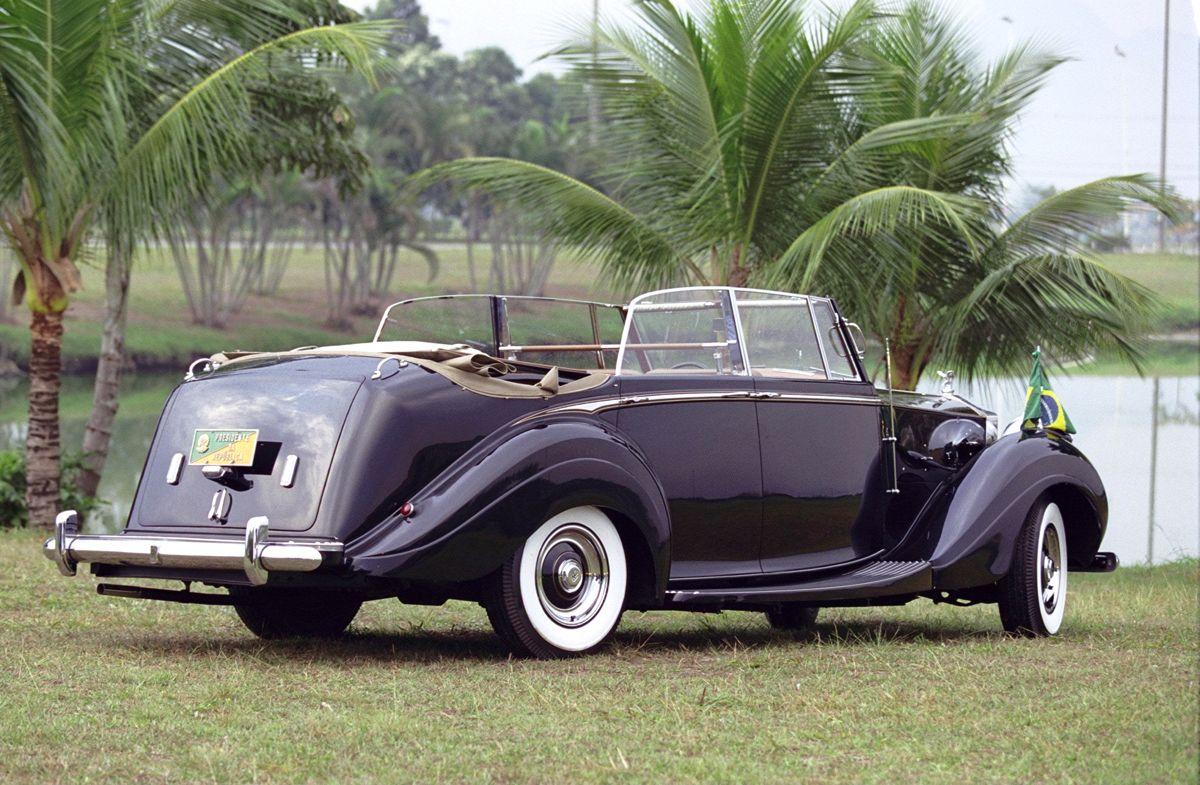 27.08.2001 - Marco Ant™nio Teixeira - CA EXCLUSIVO - Rolls Royce da Presidncia da Repœblica