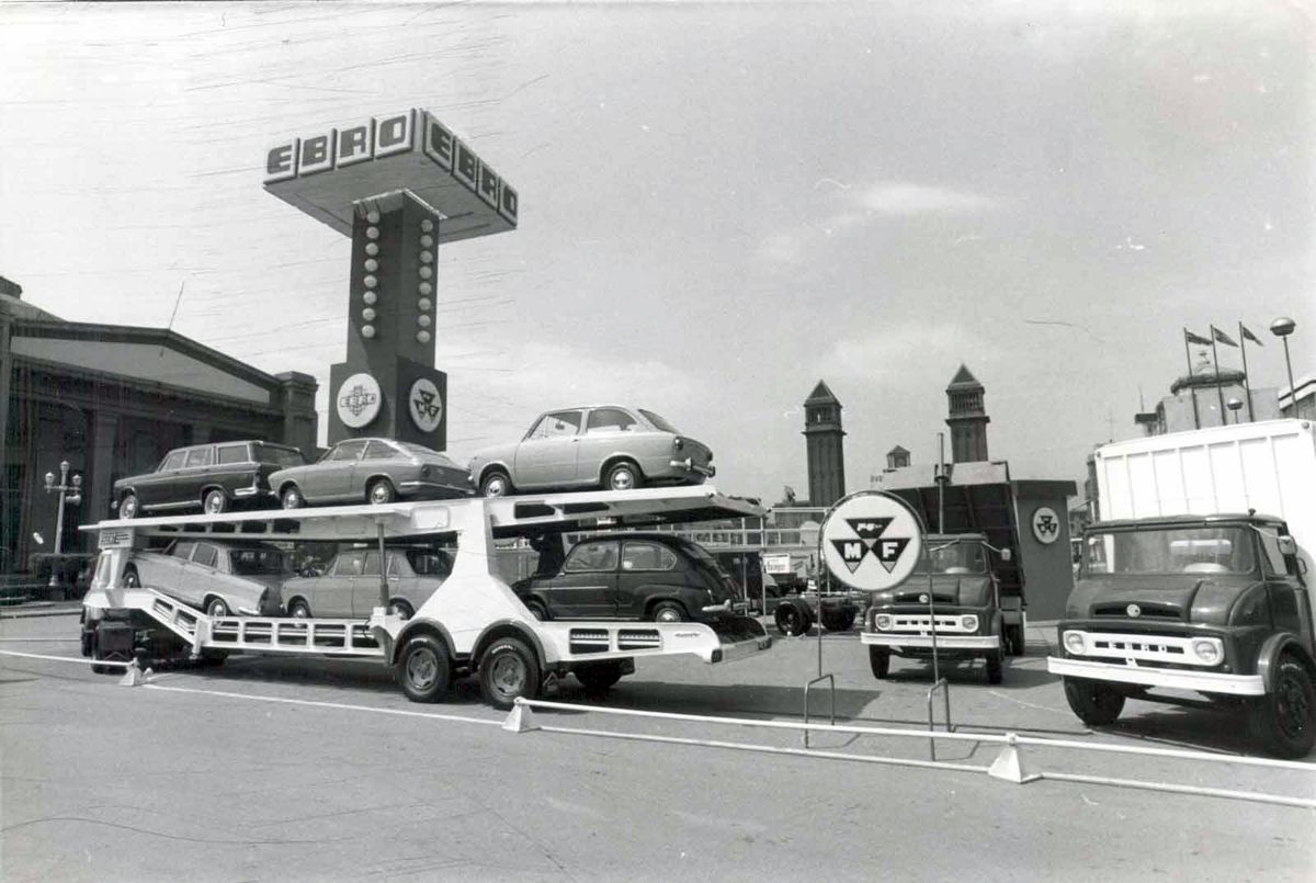 1967_salon_automovil_barcelona_vehiculos_comerciales_ebro