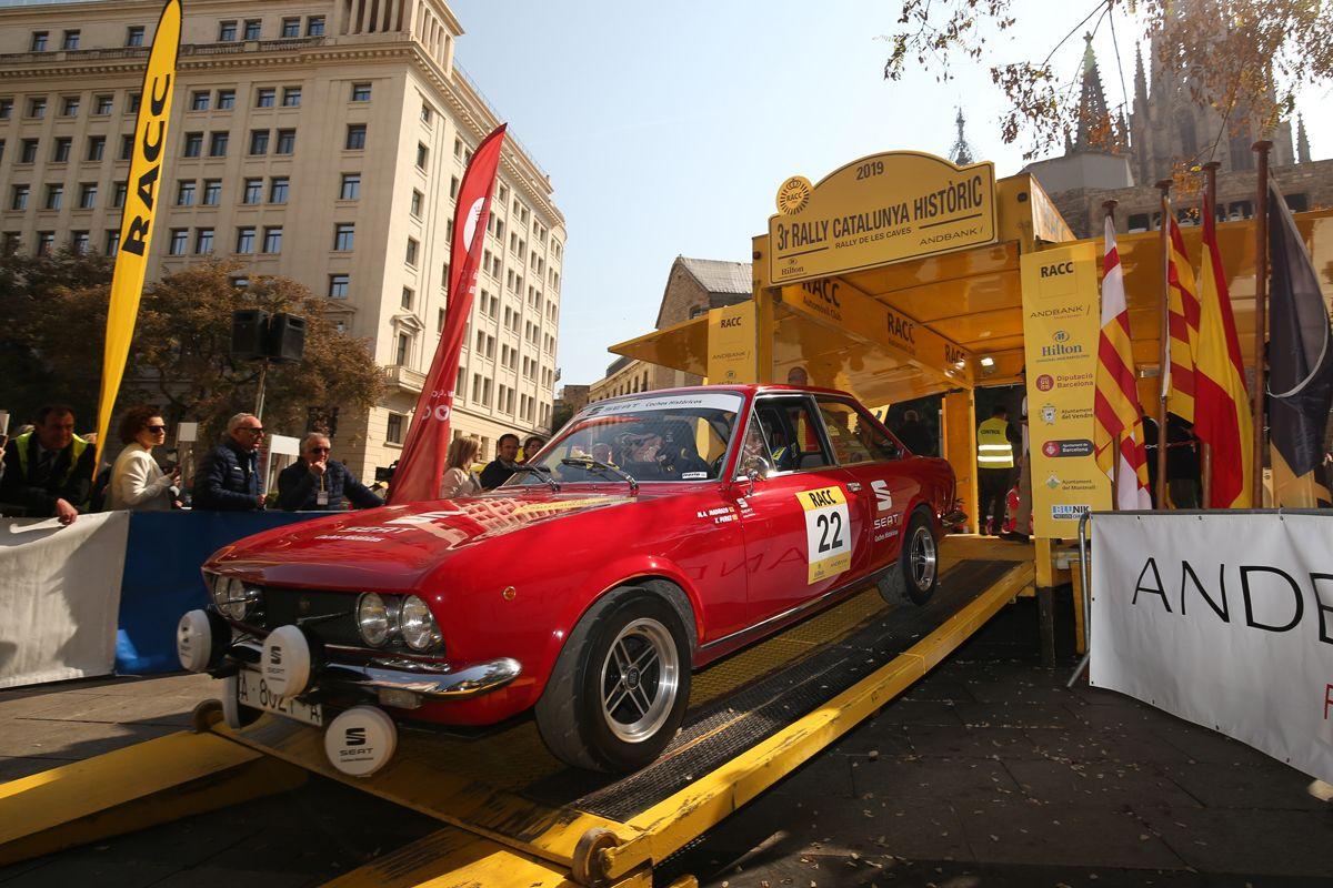 SEAT-Coches-Historicos-revalida-la-victoria-en-el-Rally-Catalunya-Historic-Rally-de-les-Caves_05_HQ