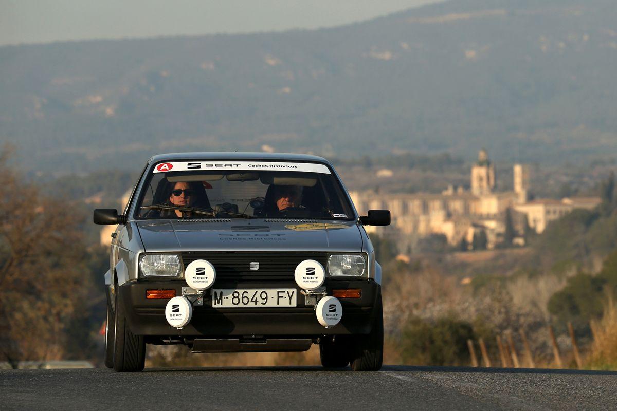 SEAT-Coches-Historicos-revalida-la-victoria-en-el-Rally-Catalunya-Historic-Rally-de-les-Caves_09_HQ